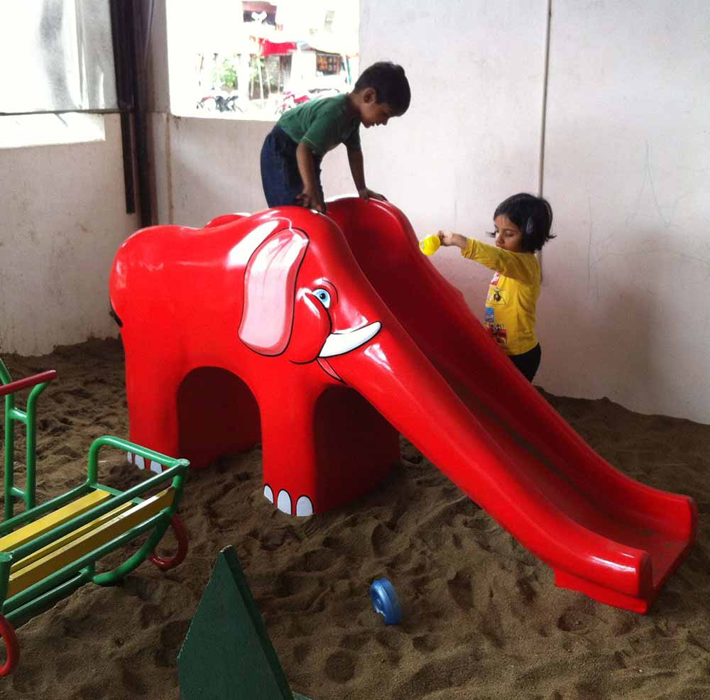 Building the Best Backyard Playgrounds